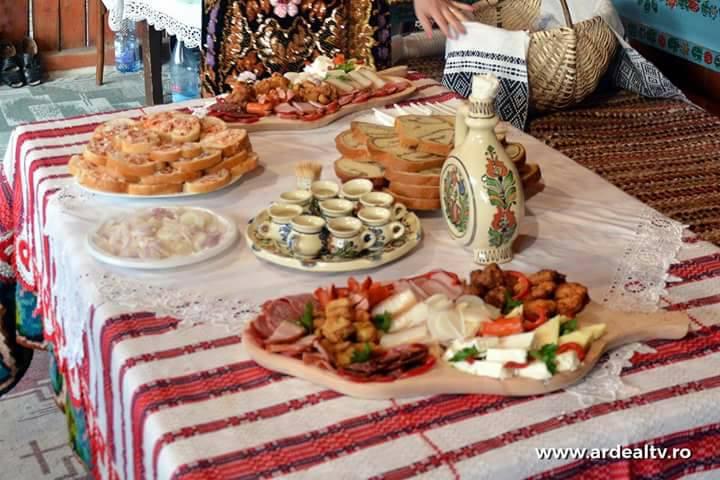 Bunatati - Festivalul Vaii Muresului